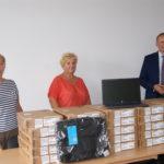 Kolejna pula 35 laptopów zakupionych w ramach projektu Zdalna Szkoła+  trafiła do szkół w Gminie Księżpol